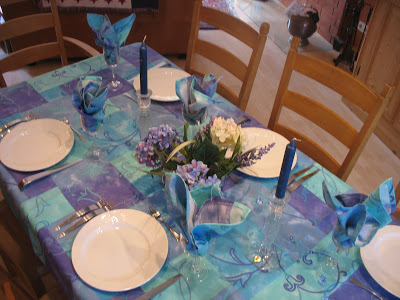 Once in a blue tablescape Thursday!