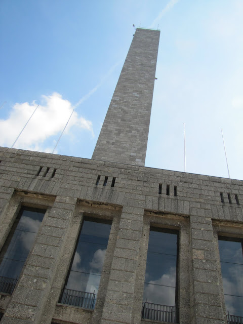 Glockenturm im Olympiapark