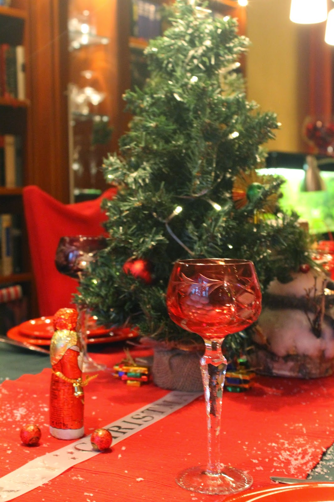 Christmas…….my favorite Tablescapes